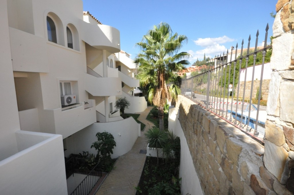 2 & 4 Bedroom Apartments in Ocean Pines, Marbella, From €187,000