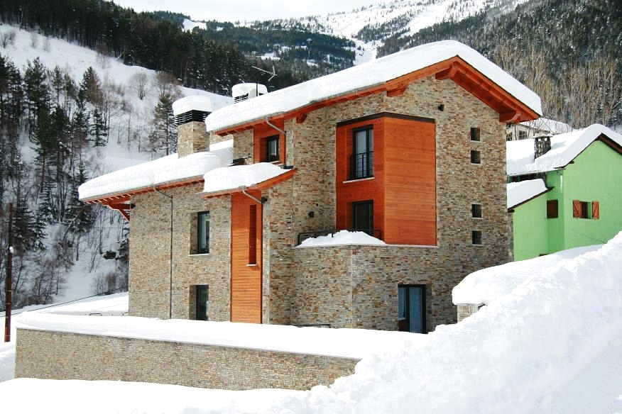 Bank Repossession Spectacular 6 Bedroom Detached Villa in Pai, Andorra, €1,300,000