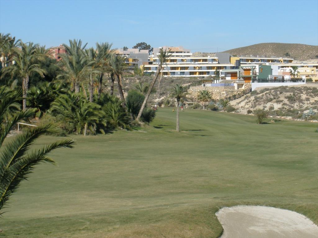Bank Repossession New 2 Bedroom Apartments in Valle del Este Golf, Vera, Almeria, From €127,100
