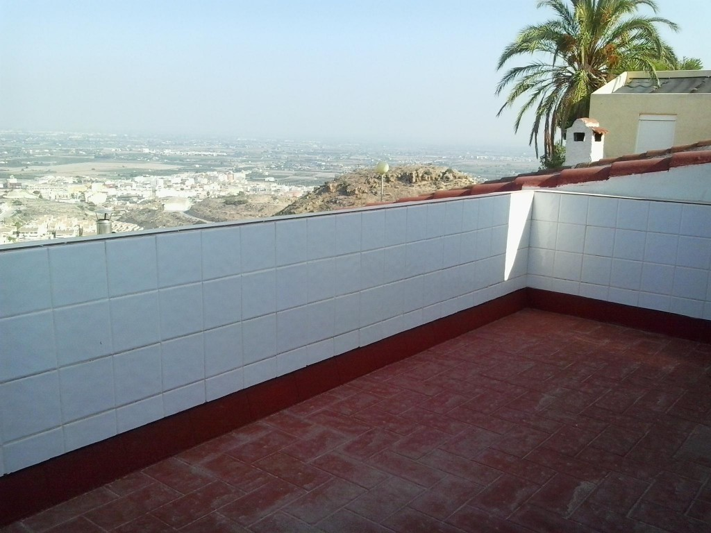Bank Repossession 3 Bedroom Townhouse in Rojales, Alicante, €68,000