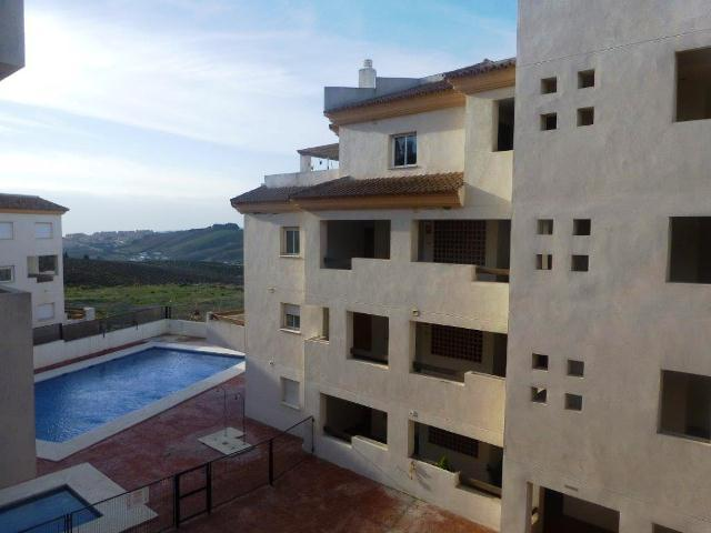 Bank Repossession. 2 Bedroom Apartment in Maniva, Malaga, €65,700