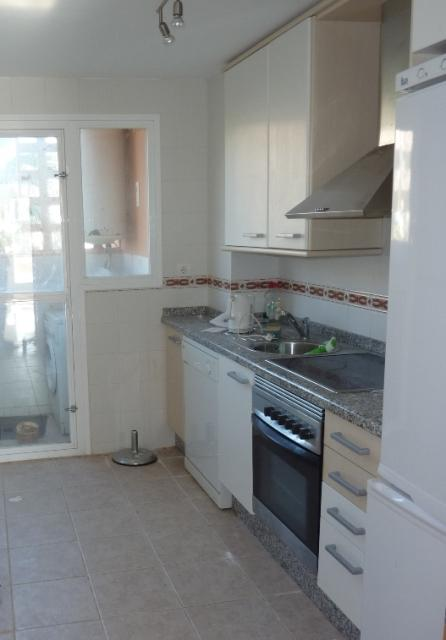 Bank Repossession 2 Bedroom Apartment in Casares, Malaga, €102,000