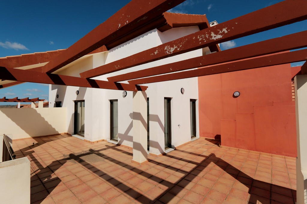 Bank Repossession. 2 Bedroom 2 Bathroom Apartment in Ayamonte, Huelva, from €96,000
