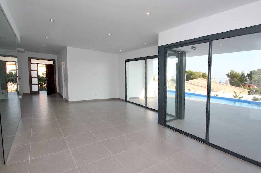 New Detached 4 Bedroom Modern Villa With Pool in Calpe, Alicante,  €720,000