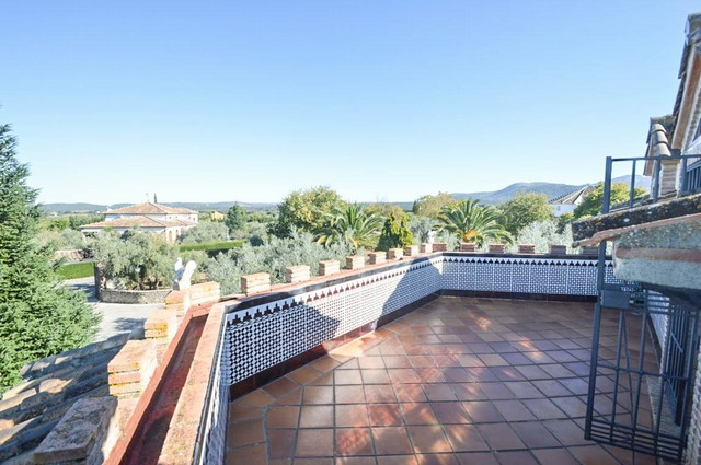 Beautiful 4 Bedroom Finca with Private Pool For Sale In Ronda, Málaga, Spain €850,000