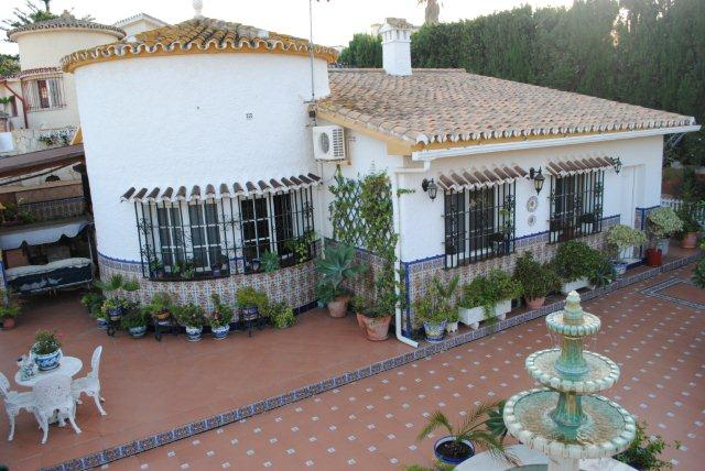 3 Bedroom Detached Villa in Arroyo de la Miel, Benalmádena, Malaga, Spain, €360,000