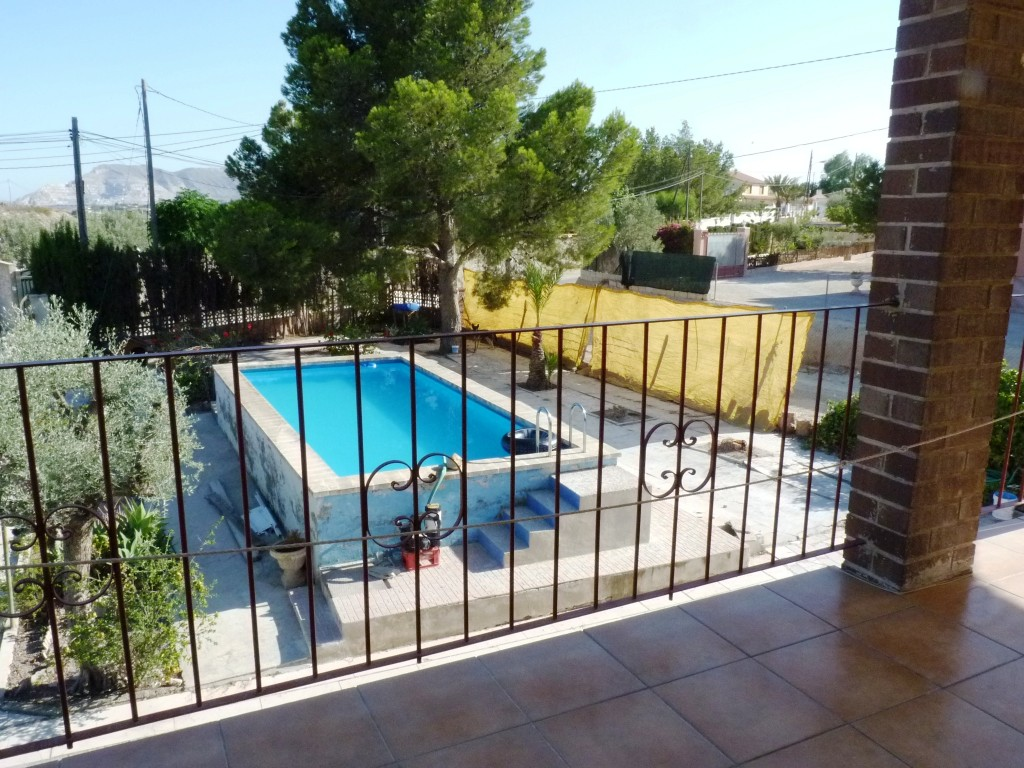 Bank Repossession. Detached 3 Bedroom Villa with Private Pool in Moralet de Alicante, Spain, €175,000