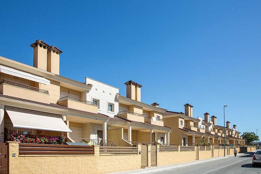 New 4 Bedroom Townhouse in Monforte Del Cid, Alicante, Spain, From €136,000