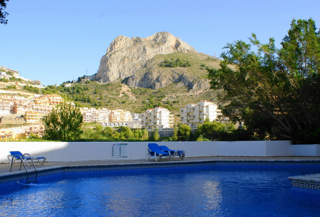Frontline 3 Bedroom Apartment with Sea Views in Altea, Alicante, Spain, €269,000