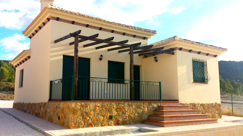 New 3 Bedroom 2 Bathroom Detached Villa For Sale in Calasparra, Murcia. €135,000