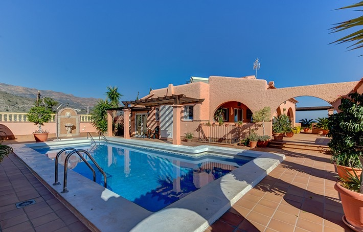 5 Bedroom Detached Villa with Private Pool & Sea Views in Mojacar, Almeria, Spain, €795,000