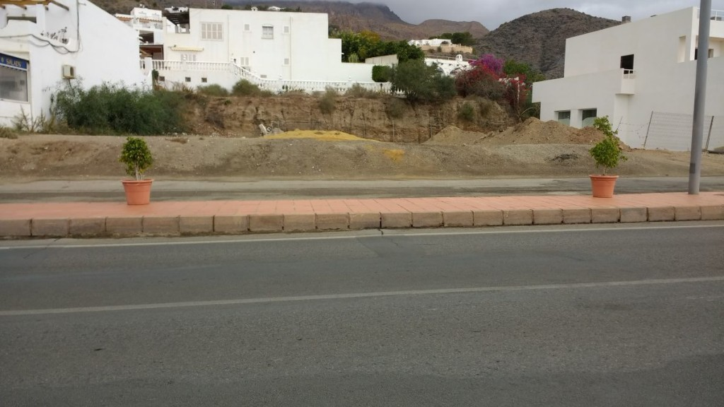 Front line building plot in Mojácar of over 600m2 with full planning €550,000