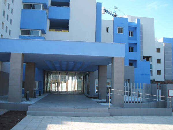 2 Bedroom Apartment with Sea Views in Roquetas de Mar, Almeria, Spain, €135,000