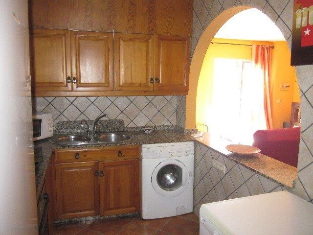2 Bedroom Ground floor apartment 50 metres from the beach in Mojacar, Almeria, €127,950