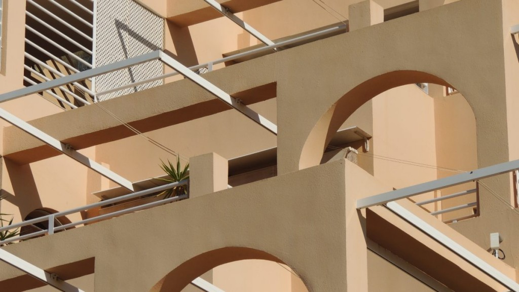 2 Bedroom Apartment with Sea Views and Communal Pool in Mojacar, Almeria, Spain €164,000