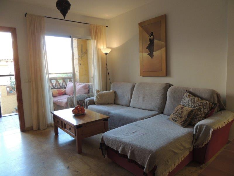 Attractive 2 Bedroom Apartment on the Valle del Este Golf Resort and Spa, €79,950