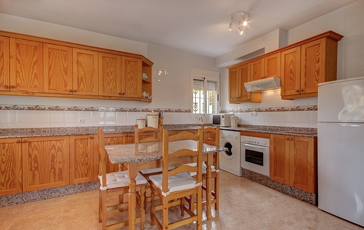 Detached 4 Bedroom Furnished Villa in Vera, Almeria, Spain, €169,950