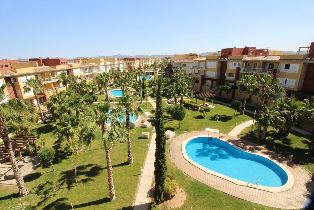 New 2 & 3 Bedroom Apartments in Hacienda del Álamo Golf Resort, Murcia, Spain, From €99,000