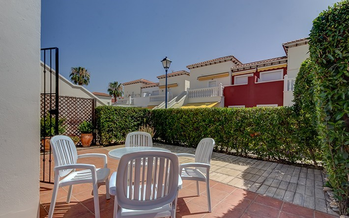 1 Bedroom Apartment with 2 pools in Torremar Natura, Vera Playa, Almeria, €99,000
