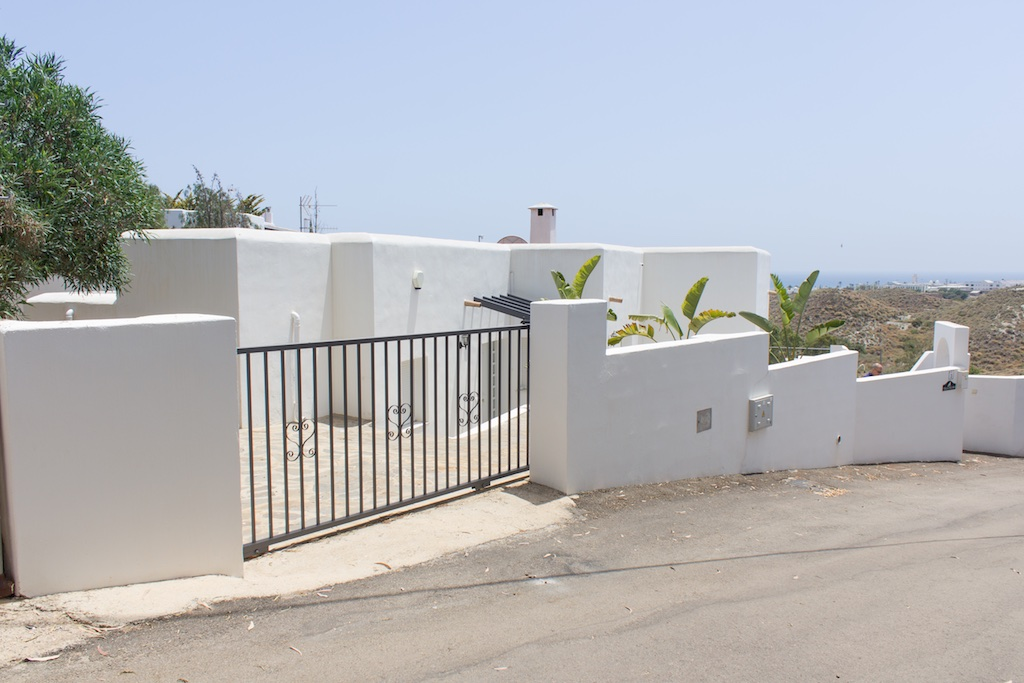 Lovely 5 Bedroom Detached Villa with Private Pool in Mojacar Playa, 525,000