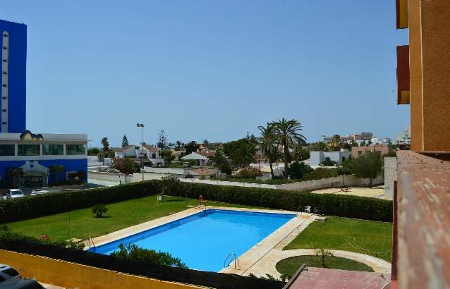3 Bedroom Apartment with Sea Views in Roquetas de Mar, Almeria, €115,000