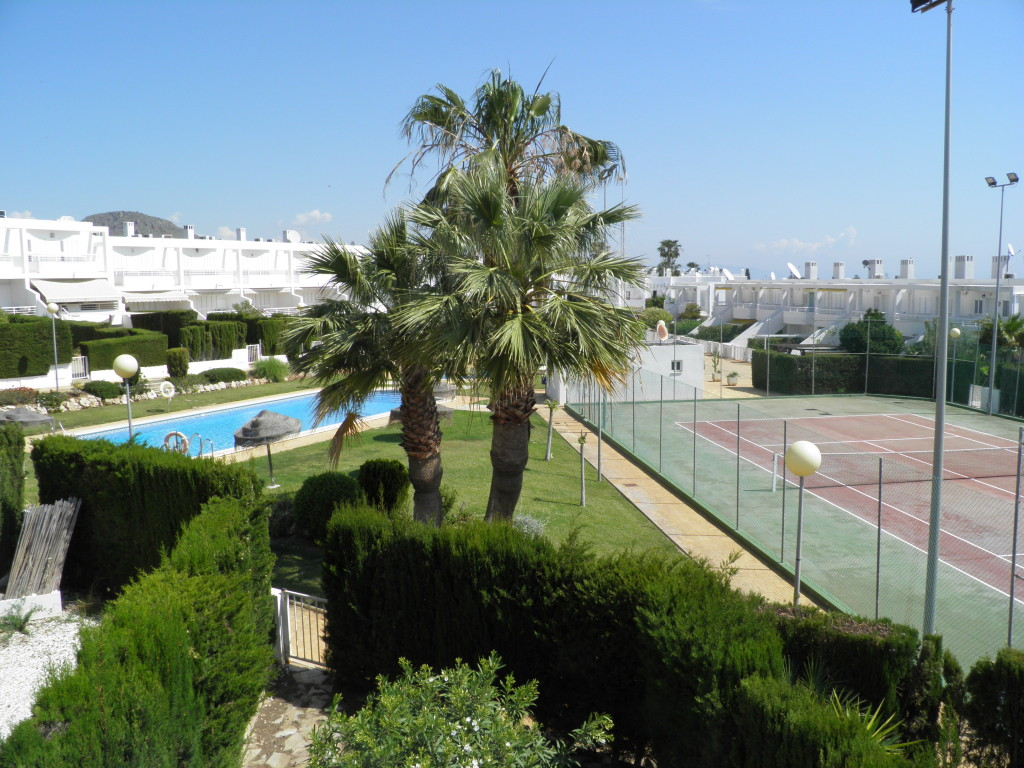 3 Bedroom Duplex with Pool in El Palmeral, Mojacar, €175,000