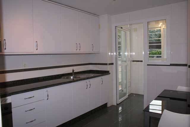 Luxury 3 Bedroom Apartment in Estepona, Malaga, Spain, €269,000