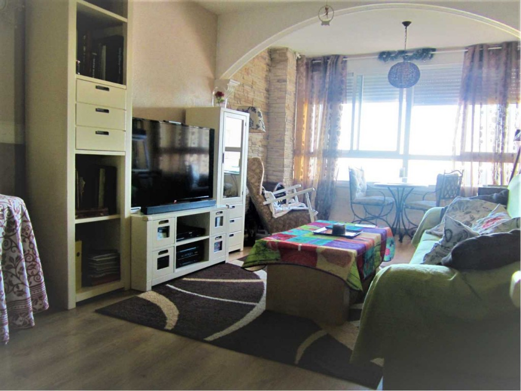 3 Bedroom Apartment with Sea Views in Santa Pola, Aicante, Spain, €115,000