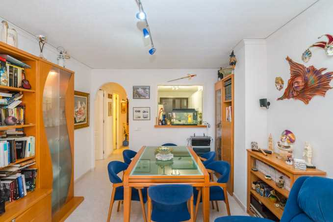 2 Bedroom Apartment Near Beach in Altea, Alicante, Spain, €142,000