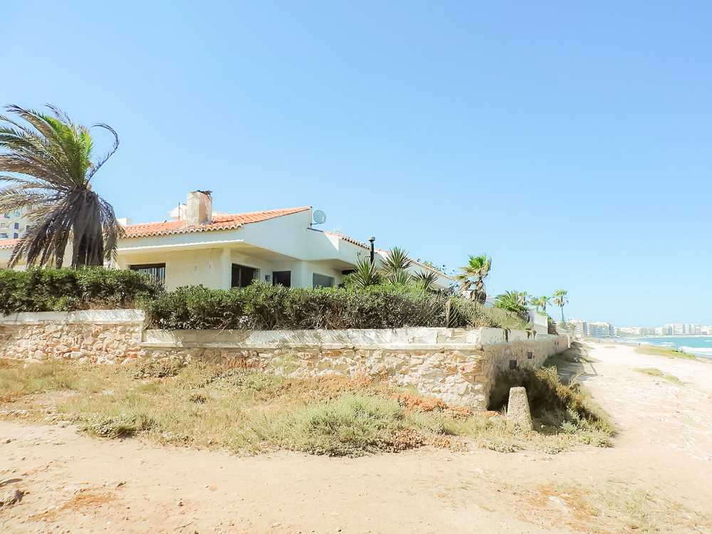 Beachfront 5 Bedroom 3 Bathroom Villa with Private Pool in Torrevieja, Alicante, €1,275,000