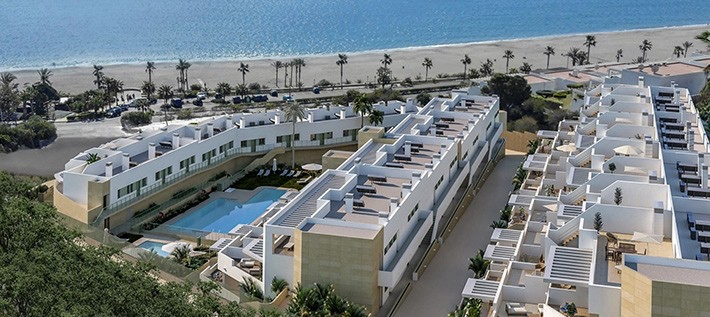 New Beachfront 1 & 2 Bedroom Apartments in Mojacar Playa, Almeria, From €141,000