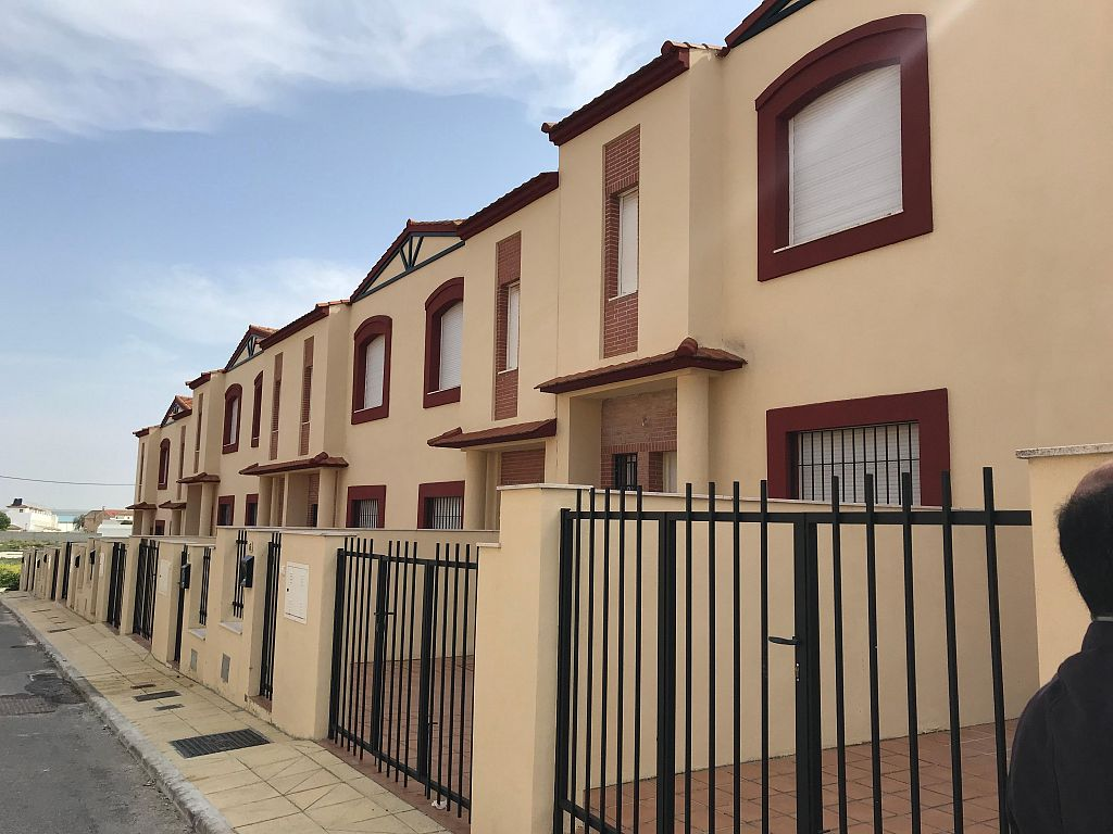 Brand new 3 Bedroom townhouses with communal pool in Fuente de Piedra, Málaga, From €86,900