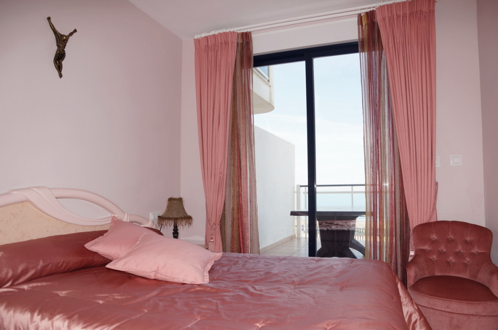 Beach Front 3 Bedroom Apartment with sea views in Dénia, Alicante, Spain, €372,000