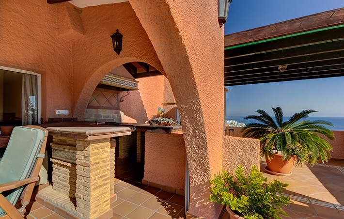 Detached Villa & 2 Apartments with Private Pool and Gym in Macenas, Almeria, Spain, €695,000