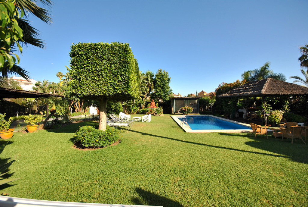 4 Bedroom Detached Villa in Nueva Andalucia, Malaga, Spain, €1,700,000