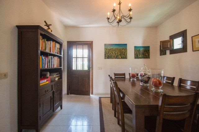 5 Bedroom Finca for sale in Pizarra, Málaga, Spain, €675,000