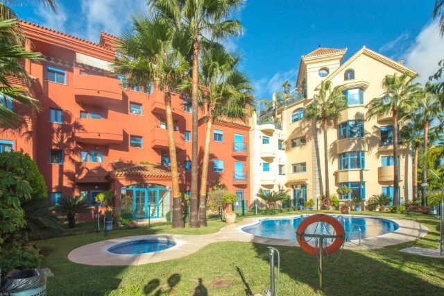 3 Bedroom Penthouse for sale in Torrequebrada, Benalmádena, Málaga, Spain, €309,000