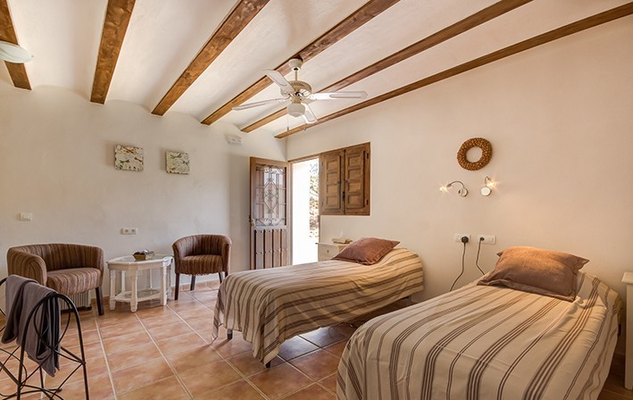 7 Bedroom Cortijo Near Albox, Almeria, €399,000