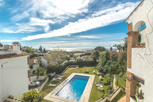 2 Bedroom Penthouse for sale in Torremar, Benalmádena, Málaga, Spain €169,950