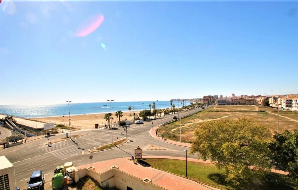 Frontline 2 Bedroom Apartment with Sea Views in Torrevieja, Alicante, Spain, €90,000