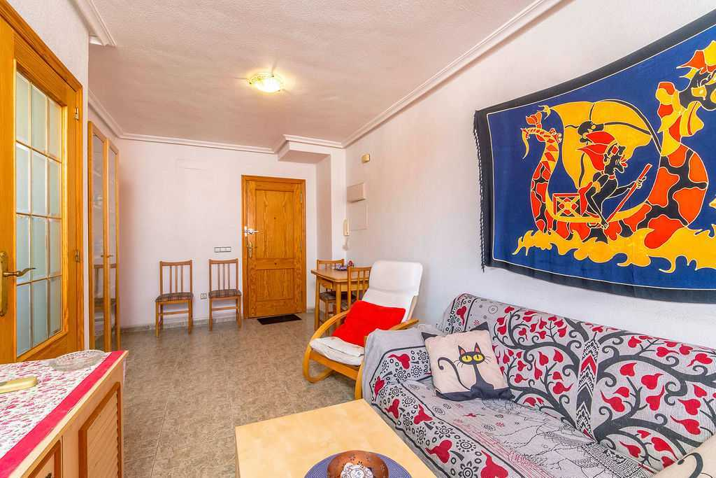2 Bedroom Apartment Near Beach in La Mata, Torrevieja, Alicante, €70,000