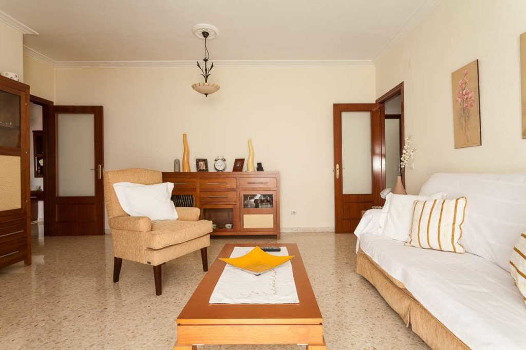 Bank Repossession, 2 Bedroom Apartment in Palmente, Seville, Spain, €87,000