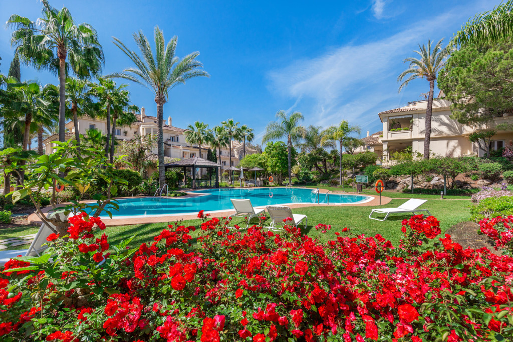 2 Bedroom Apartment in Nueva Andalucia, Marbella, Spain, €650,000