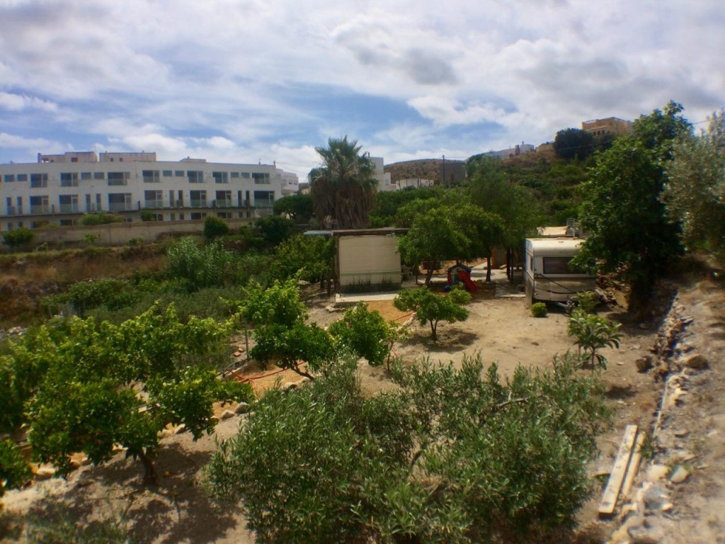 2 Bedroom Mobile Home on a Large Plot in Mojacar, Almeria, €65,000