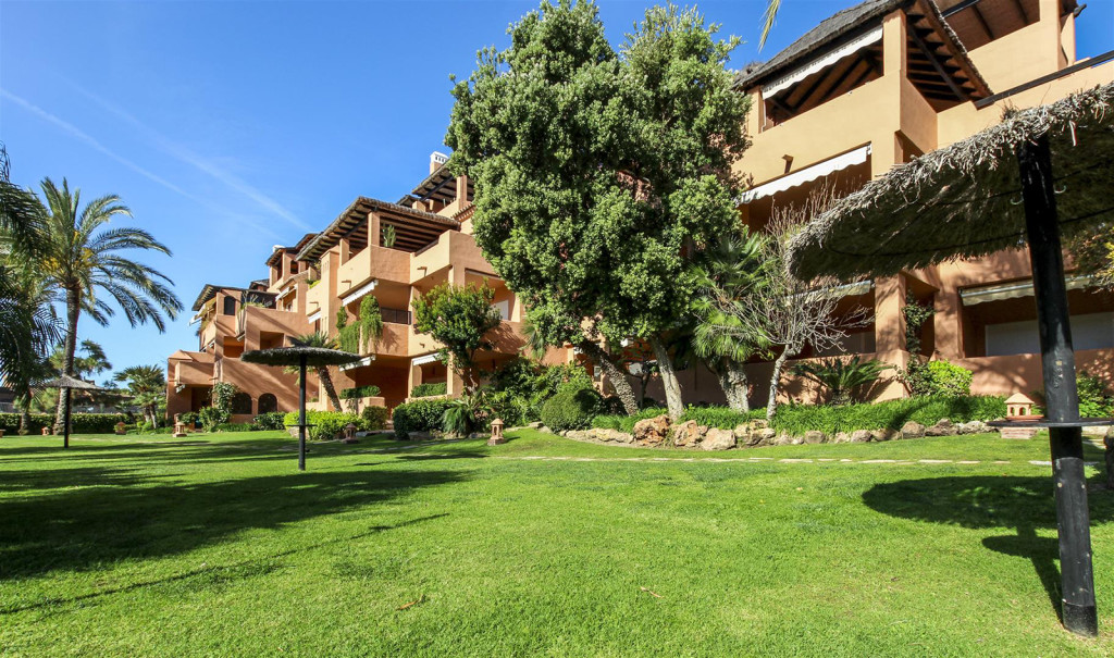 Fully Renovated 3 Bedroom Apartment In Luxury Complex In Guadalmina Baja, Malaga, Spain, €725,000