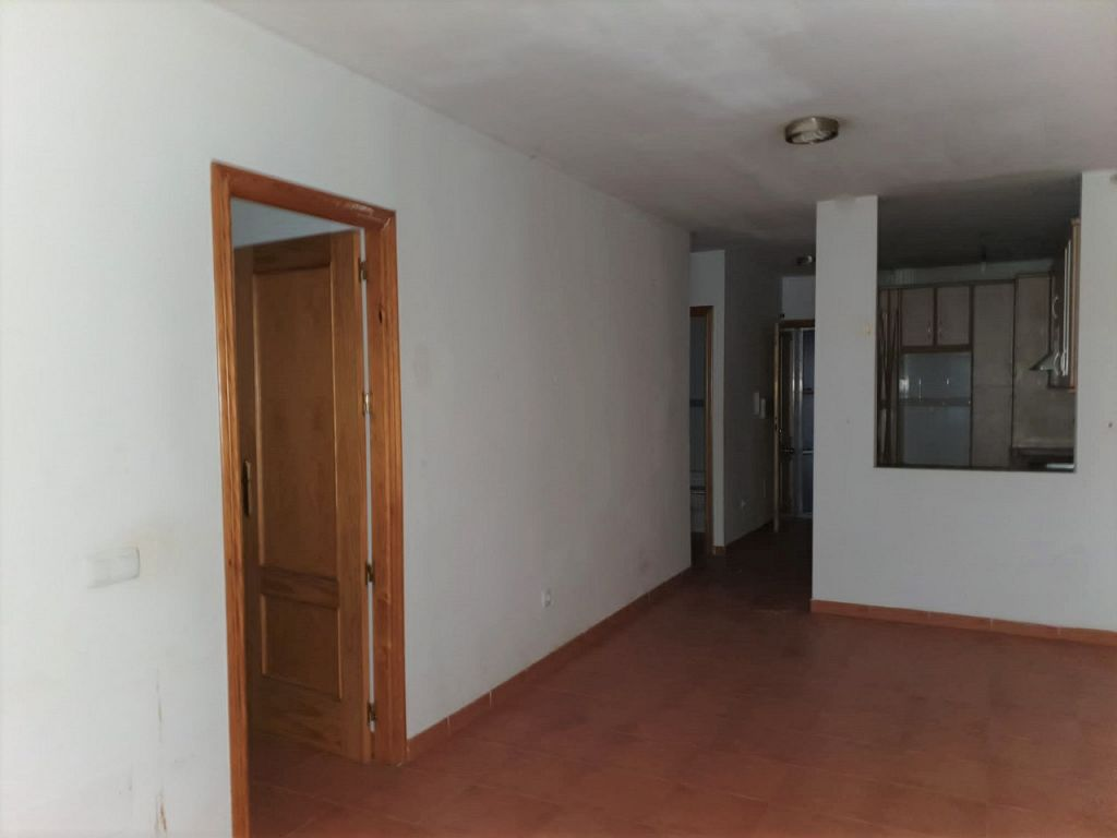 For Refurbishment. 3 Bedroom Apartment in Mojacar Playa, Almeria, Spain, €126,000