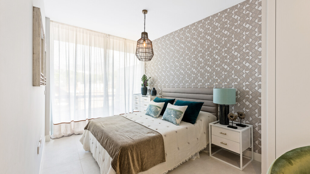 New 2, 3 & 4 Bedroom Frontline Apartments in Estepona, Malaga, Spain, From €560,000