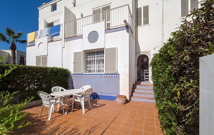3 Bedroom Duplex Property Close to Beach in Puerto Rey, Almeria, €199,000